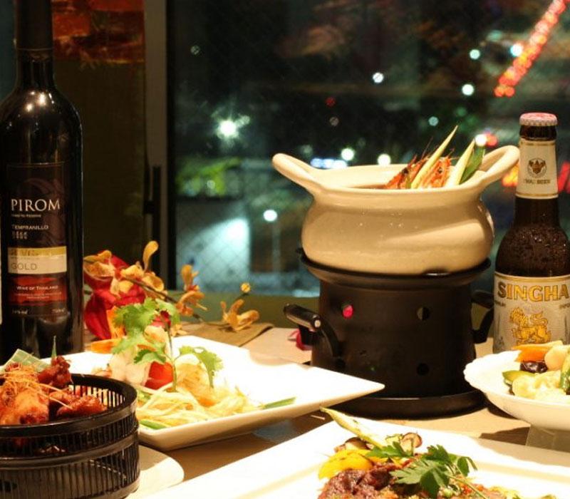 【WEB予約限定特別プラン!】銀座でタイ料理☆タイローカルフードと全40種の飲み放題3時間付き